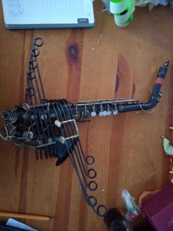 Saksofon ozdoba metalowy