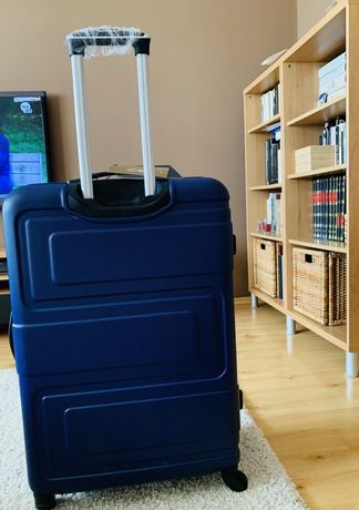 NOWA WITTCHEN  walizka twarda na kółkach