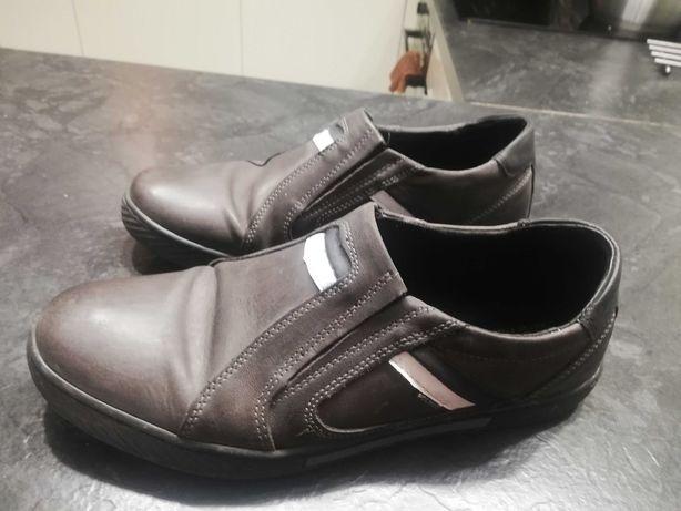 Skórzane buty męskie rozm. 42