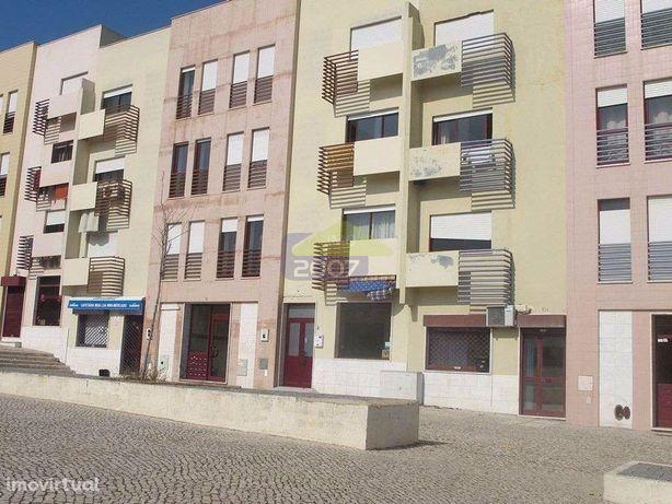 Espaço comercial para venda em Vila Nova da Caparica, Almada