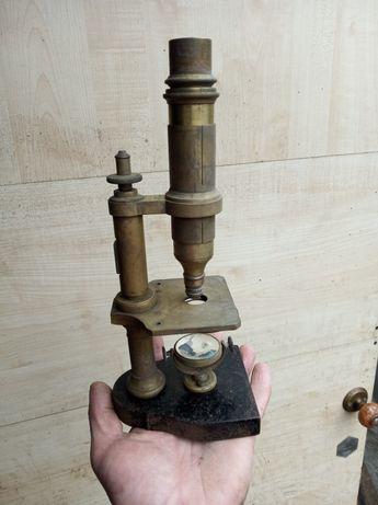 Микроскоп,старинный