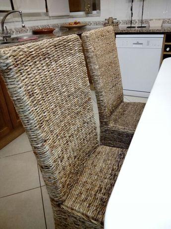 Cadeiras casca de bananeira