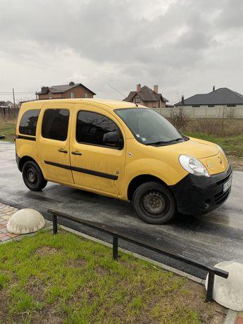 Продам электромобиль RENAULT KANGOO ZE пассажир с тонировкой