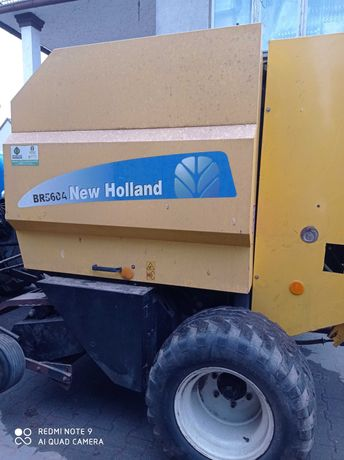 Prasa New Holland BR 560A
