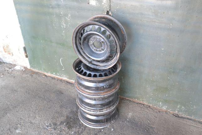 Стальные штампованные диски R15 5x112 Mercedes