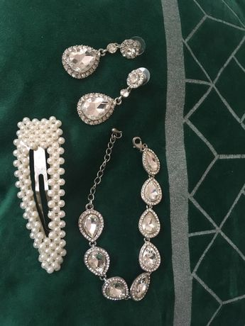 Komplet biżuterii ślubnej kolczyki brandoletka spinka ślub wesele sesj