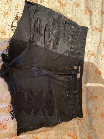 Джинсовые черные шорты Pull & Bear