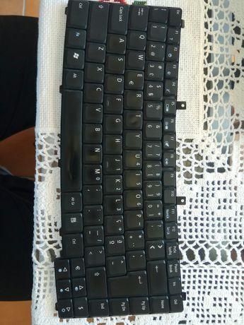 Teclado portátil Acer PT