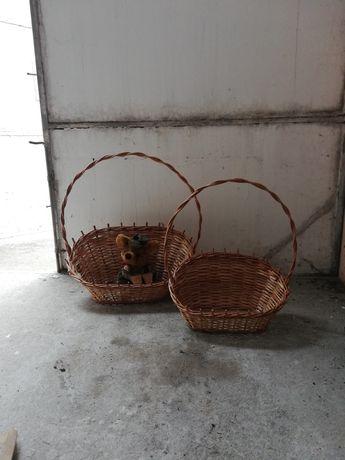 Dwa duże koszyki (np prezentowe)