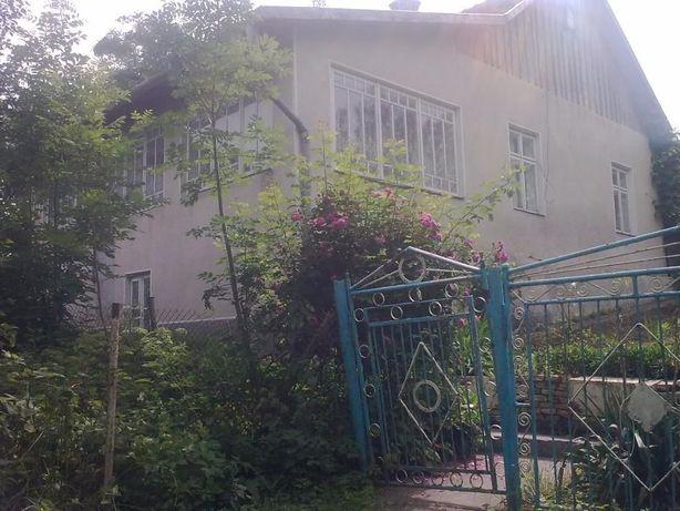 ТЕРМІНОВО продається будинок в м. Рогатин.