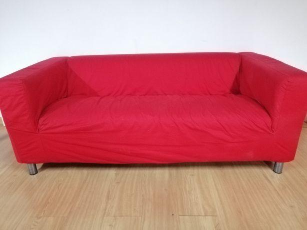 Sofá vermelho impecável