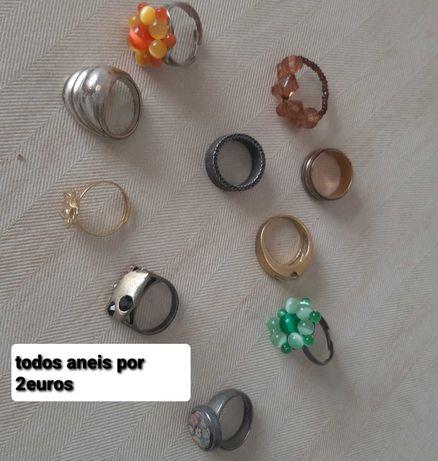 Colares,pulseiras aneis bijotarias