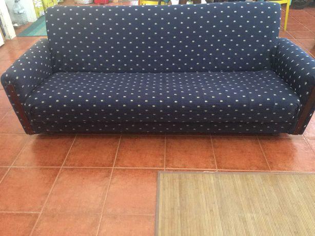 Sofá  cama , bem conservado, preço de oportunidade