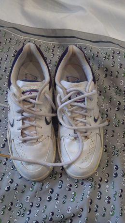 Кожаные кроссовки на девочку,Head,недорого