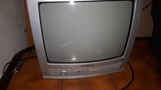 "Telewizor 14""  bez pilota"