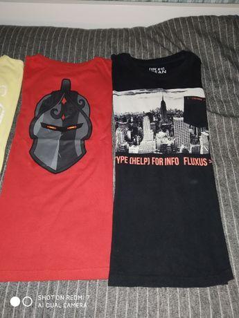 T-shirt malha preta 12 (152 cm) (inclui portes)