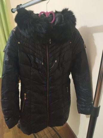 Женская куртка на пуху 48р