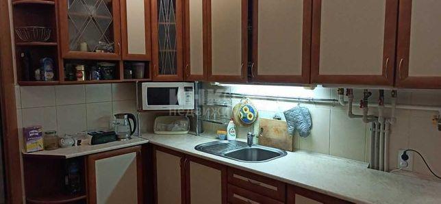 Продам трехкомнатную квартиру с АО в Луганске