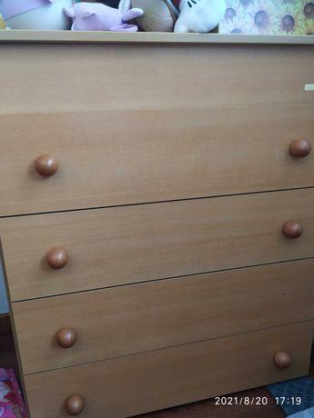 Comoda de quarto de 4 gavetas e tampo de abrir
