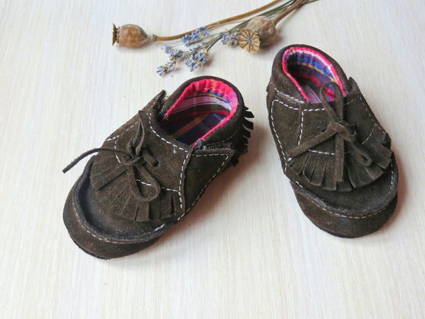 дитяче взуття (17 р.) пінетки, мокасини