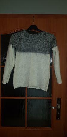 Ciepły sweterek roz 34