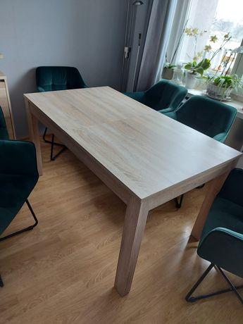 Stół rozkładany do salonu