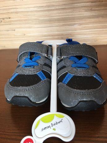 новые детские кроссовки из Америки 20 р-р