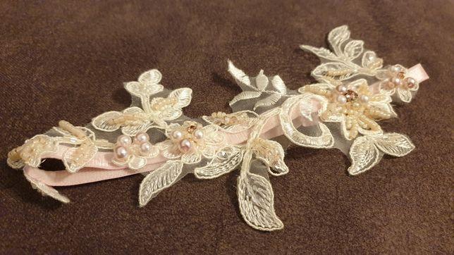Podwiązka ślubna koronka koraliki Missdiamond