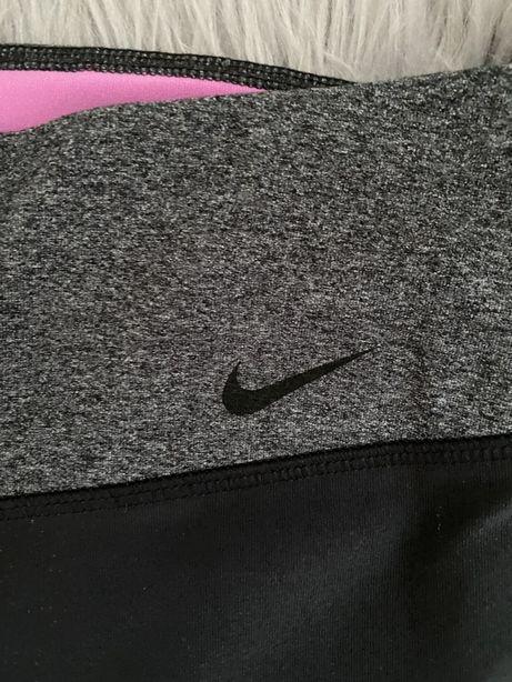 Sportowe spodnie Nike czarne