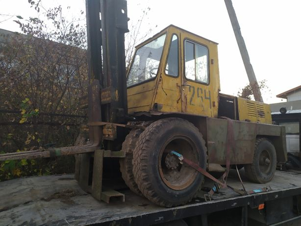 Автонавантажувач Львівский 4014 з двигуном на газі