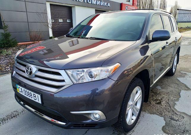 Продам Toyota Highlander 2012г.