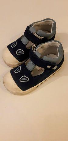 Sandałki skórzane dziecięce / niemowlęce rozmiar 21 Elefanten