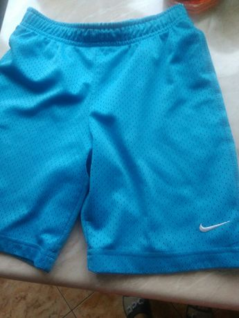 Spodenki krótkie Nike rozm. 128