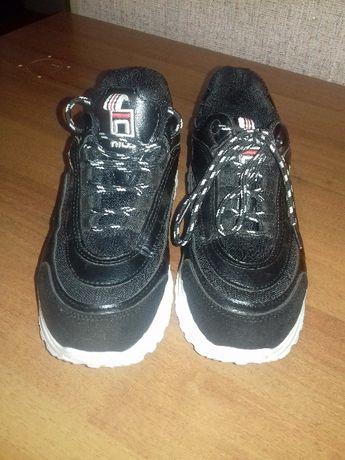 Демисезонні кросівки!)