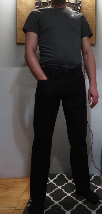 Spodnie jeans Męskie z elastanem CERRUTI 1981 czarne W34 Gdynia - image 1