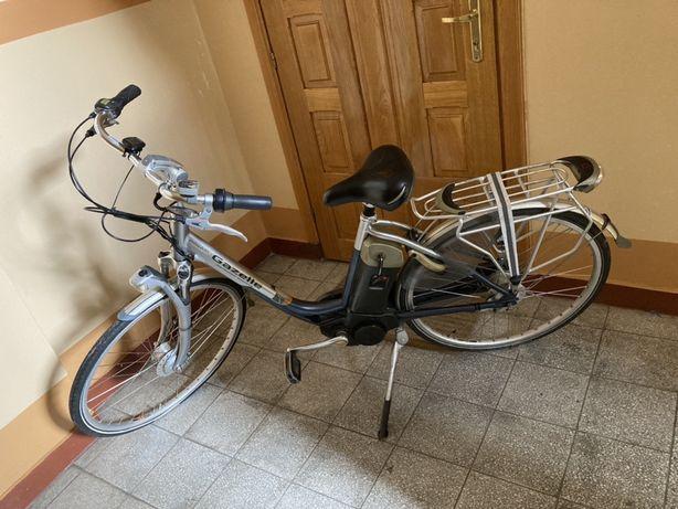 Gazelle dwa rowery elektryczne