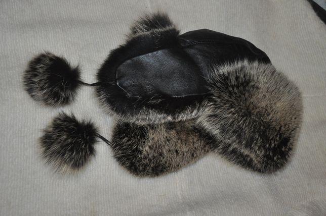 Продам кожаную шапку-ушанку Classic Fashion с натуральным мехом песца