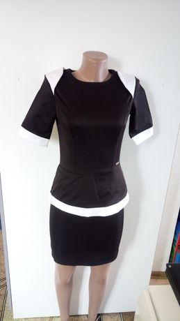 Атласне плаття з баскою 40-42р(атласное платье с баской)