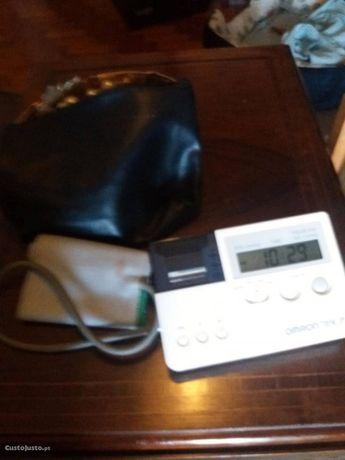 Medidor de Tenção arterial,vendo por ter mais dois