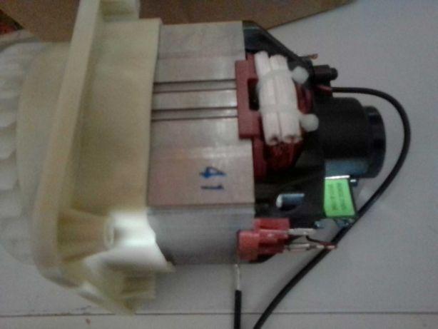 Электродвигатель для газонокосилки Gardena PowerMax 32E (5798675-01)