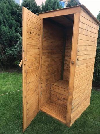 Toaleta drewniana WC wychodek latryna ubikacja