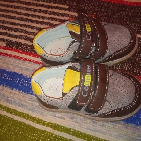 Кросовки ботинки туфли