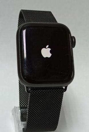 Продам Apple Watch Series 5 GPS 40mm