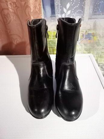 Весеннее- осенние ботинки на девочку