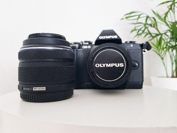 Olympus OMD E-M10 + obiektyw M.ZUIKO DIGITAL 45mm f/1.8