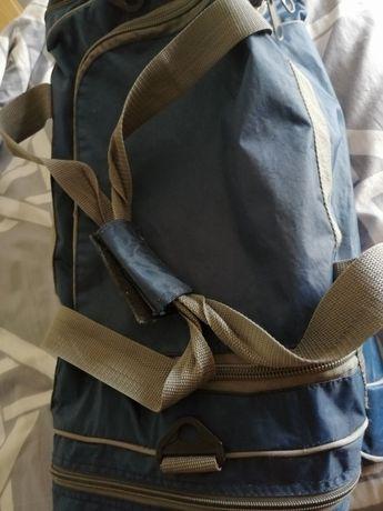 Sprzedam torbę sportową ( podróżną)
