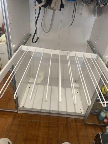 Calceiro para roupeiro Ikea
