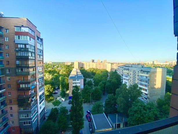 Продам улучшенка  1к.кв. Алексеевка, ул.Клочковская,276-Б 42м2