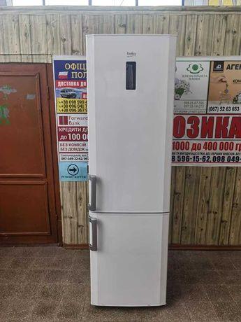 Двухкамерный холодильник BEKO CN 236220 2 м висота идальное состояние