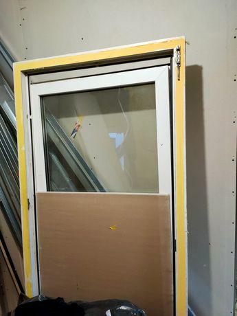 Okno duże, używane 87.5x187.5